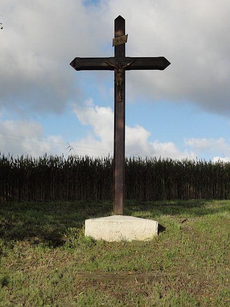 Bienville-la-Petite (M-et-M) croix de chemin