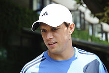 Bob Bryan at the 2009 Wimbledon Championships 01.jpg