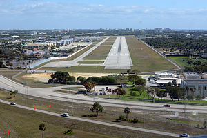 Boca Raton Airport - Runway 5 on final approach