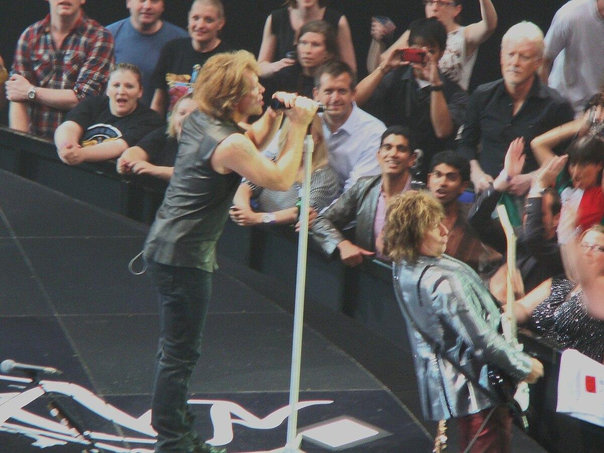 Bon Jovi O2 Arena Circle Tour.JPG