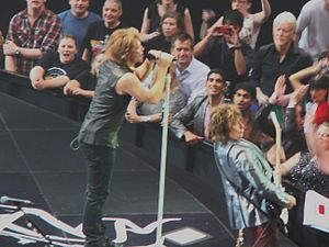 Bon Jovi - Jon Bon Jovi and Richie Sambora on stage