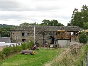 Apperley Bridge - Image: Bottom Farm Barn 2 1200