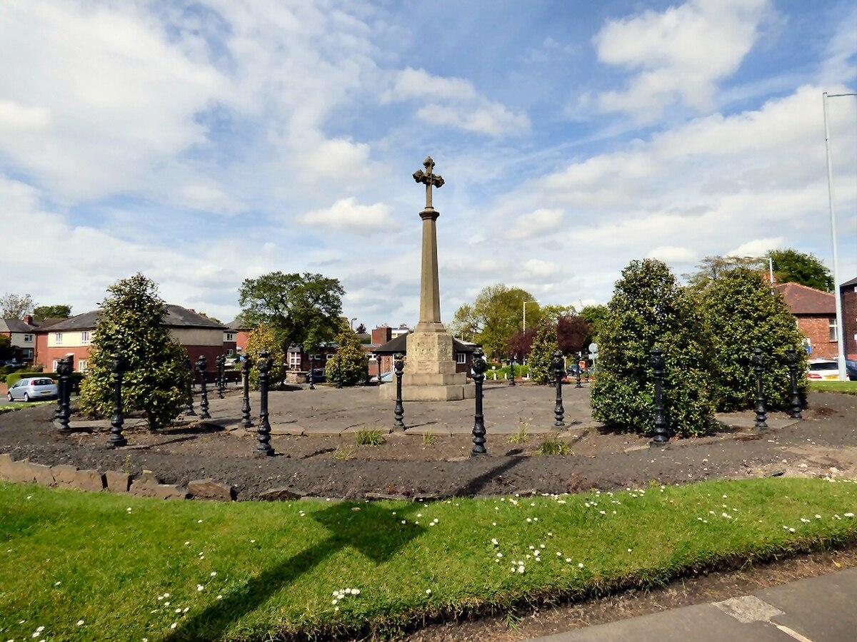 Bredbury and Romiley War Memorial.jpg