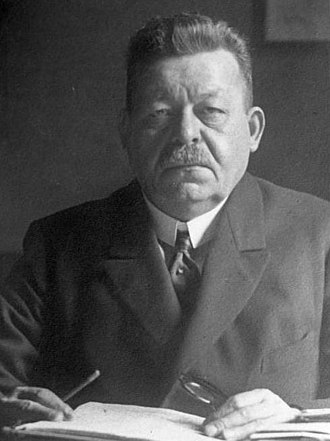 Friedrich Ebert - Image: Bundesarchiv Bild 102 00015, Friedrich Ebert(cropped)