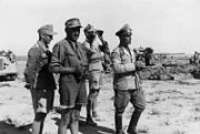 Bundesarchiv Bild 146-2002-010-05A, Nordafrika, Rommel bei El Alamein