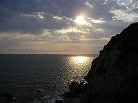 La costa a sud della città, nei pressi di Calafuria
