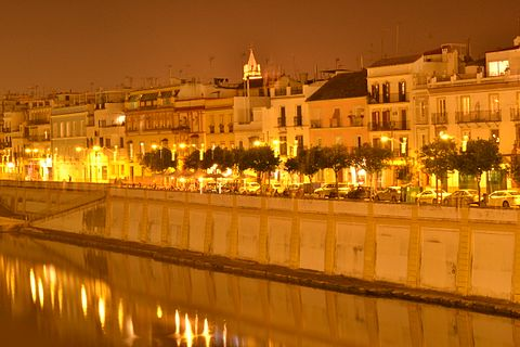 Seville nightlife area and accommodation