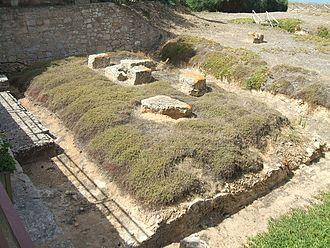 Kamarina, Sicily - Image: Camarina Temple Athena 01