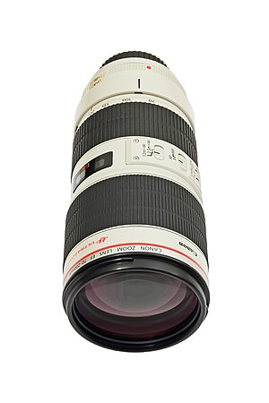 Telephoto lens Canon EF 70-200mm f/2.8 IS II USM with tripod mounting ring, without hood