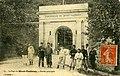 Carte postale - 61 - Le Fort du Mont-Valérien - entrée principale (soldats posants devant la porte) - Verso.jpg