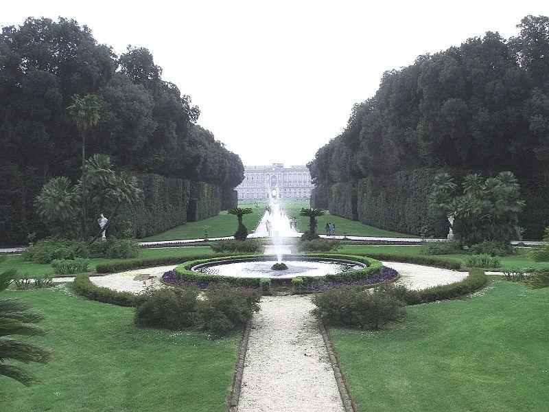 File caserta reggia 15 4 05 126 ritoc jpg wikimedia commons - Reggia di caserta giardini ...