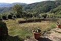Castello di vinacciano 07 giardini 1.jpg