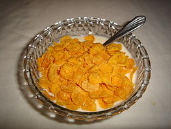 http://upload.wikimedia.org/wikipedia/commons/thumb/9/9e/Cereal_con_yogur.jpg/250px-Cereal_con_yogur.jpg