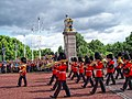 Changing the Guard at Buckingham Palace - panoramio (1).jpg