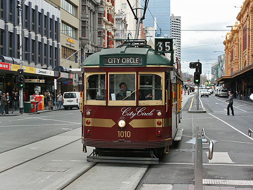 City-Circle-Tram,-cnr-Flinders&Elizabeth,-Melb,-12.08.2008