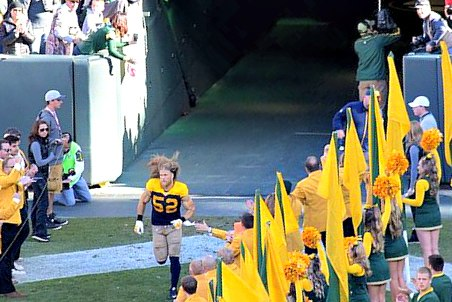 Clay Matthews entering the stadium Cropped