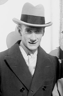 Clifton Webb en 1923.