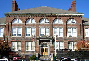 Coddington School - Image: Coddington School Quincy MA