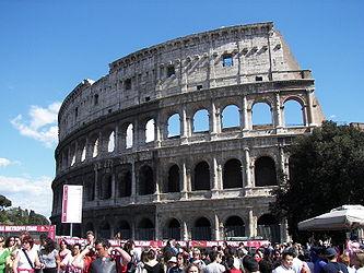 Colosseum (Rome) 18.jpg