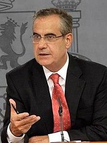 Consejo de Ministros - Fernández de la Vega y Corbacho 02 (cropped).jpg