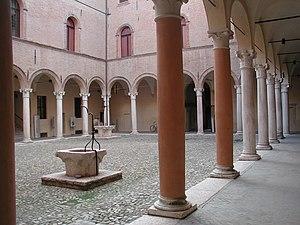 Correggio, Emilia-Romagna - Image: Correggio palazzo principi portico