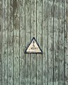 Crane sign, Ribnitz-Damgarten (P1060936).jpg
