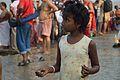 Curious Girl - Jagannath Ghat - Kolkata 2012-10-15 0591.JPG