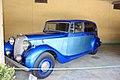 Daimler (DE 27 Limousine) from 1947 - Coachwork by Hooper - Side profile.jpg