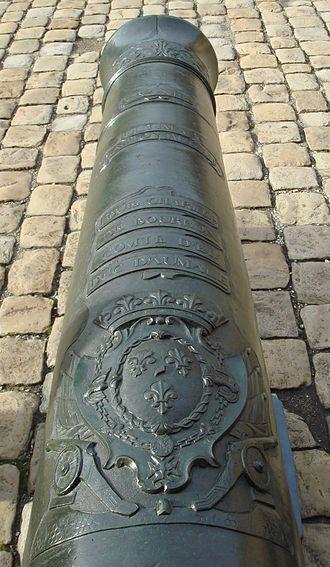 """Louis Charles, Count of Eu - A de Vallière 24-pounder gun bearing the inscription """"Louis Charles de Bourbon, comte d'Eu, duc d'Aumale""""."""