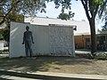 Denkmal senftenberg schlosspark.jpg