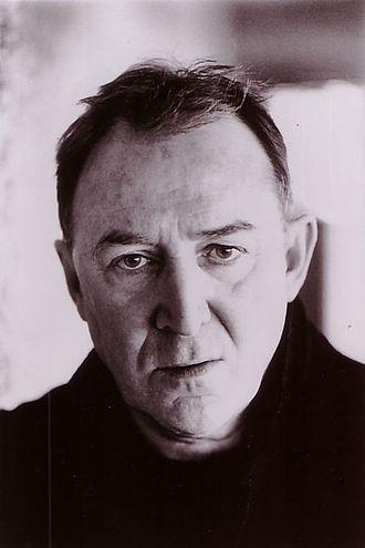 Dermot Crowley - Headshot of Dermot Crowley