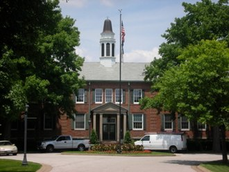 Des Peres, Missouri - Des Peres City Hall predates the city's incorporation.  It was originally built by the neighboring Lutheran Church as an orphanage.