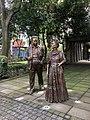 "Diego and Frida in Parque ""Frida Kahlo"".jpg"