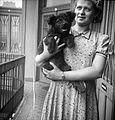 Dog, lady, courtyard balcony, railing, summer dresses, jewelry, wrist watch, earring Fortepan 26976.jpg