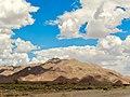 Driving through the Namib Desert (25606111807).jpg