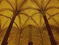 Dues columnes de l'aula capitular, convent de sant Doménec de València.JPG