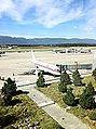 ECKKS retro de Iberia que hacia GVA-MAD. Foto tomada desde el restaurante Altitude (caro de cojones) (6125689270).jpg