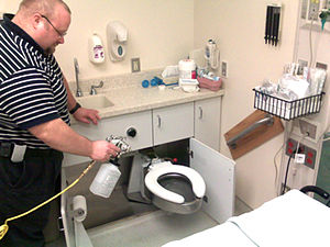 NAV-CO2 system - Terminal cleaning at an ER center