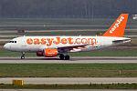 EasyJet, G-EZDB, Airbus A319-111 (26582113315).jpg