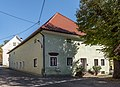 Eberndorf Kreuzberglweg 14 Rohrmeisterhaus Wohnhaus West-Ansicht 16102017 1553.jpg