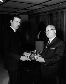 Edgar Bronfman Sr  - Wikipedia