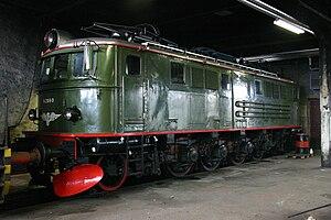 NSB El 8 - El 8.2060 Hamar 02.08.04,left side