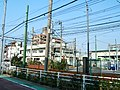 Electric wires of Tram 2, Arakawa Line.jpg