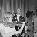 Emmy Verhey (13) violiste, opdracht Telegraaf, Bestanddeelnr 914-2640.jpg