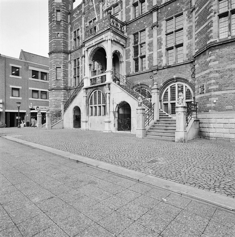 stadhuis venlo in venlo monument
