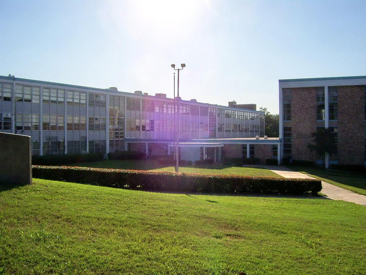 Franklin D. Roosevelt High School (Texas) - Wikipedia