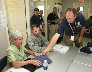 Kathleen Sebelius - Sebelius meets with FEMA workers in Kansas