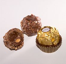 Description de l'image Ferrero Rocher ak.jpg.