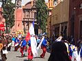 Festejo de San Miguel, baile de grupo con vestimenta azul y rojo (2015).JPG