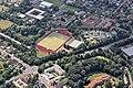 Flug -Nordholz-Hammelburg 2015 by-RaBoe 0247 - Syke, Sportplatz und Schulzentrum.jpg